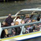 Toeristen in rondvaartboot - Foto: Arnoud de Jong