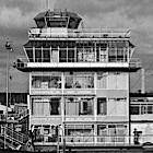 1960 - Verkeerstoren oude Schiphol - Foto: Wouter Hagens