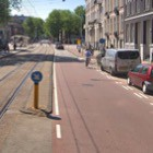 Fietsstraat Sarphatistraat (Google Street View).
